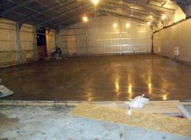 Укладка бетонных полов с топпингом